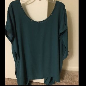 Tops - Emerald green high/low blouse