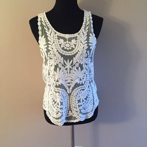 Tops - Sheer Lace detailed embroidered top Sz M