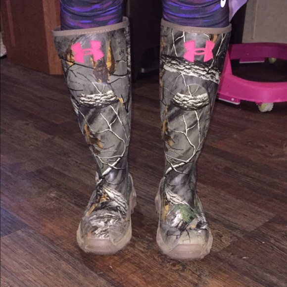 under armour insulated rubber boots