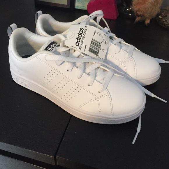 02cee9f552b02e Adidas Shoes - Adidas Advantage Clean VS