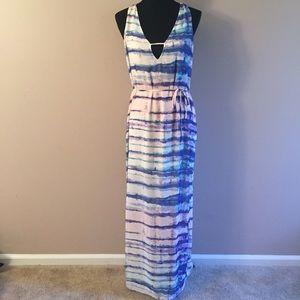 Dresses & Skirts - New multicolored maxi dress Sz S