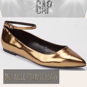 Gap Pointy Ankle Flats