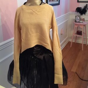Yoon Tops - Cropped sweater
