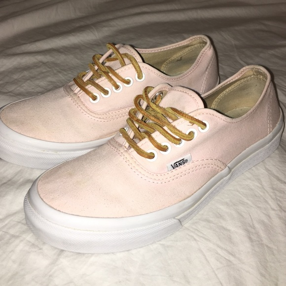5f441e5dc6 Vans Authentic Slim Brushed Twill (soft pink). M 5643ba0da72265fb82000405