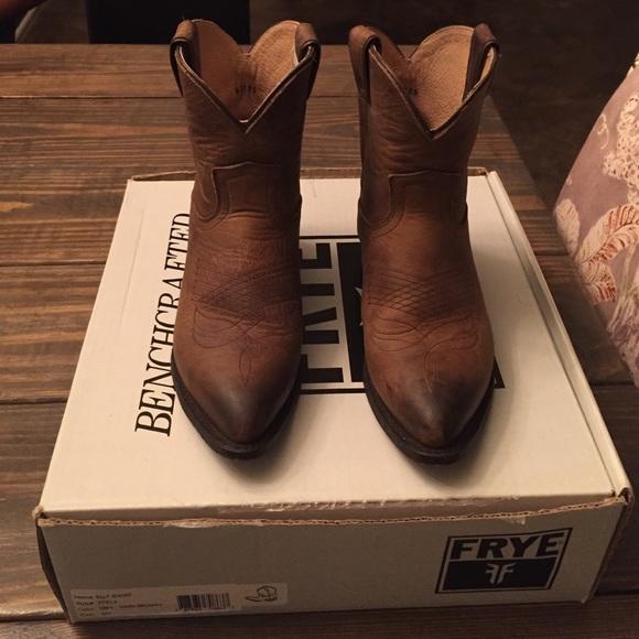 e1c20c4dfcf Frye Shoes | Billy Short Cowboy Boots | Poshmark