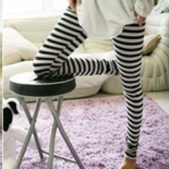 602f61da6f1ad H&M Pants | Horizontal Striped Leggings | Poshmark