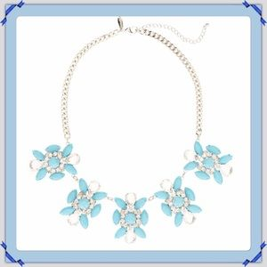 Jewelry - 🎄New Turquoise 5 Station Flower Necklace.