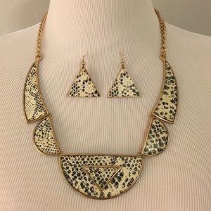 Snakeskin Tribal Necklace w/ Matching Earrings!