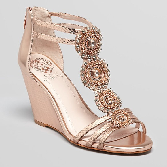 79% off Vince Camuto Shoes - NWOT Vince Camuto size 8.5 rose gold ...