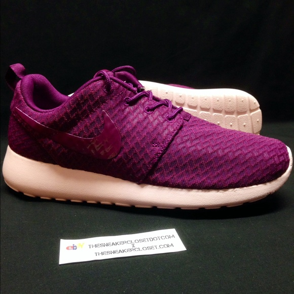 5f2beb9cb3f9 DS NIKE ROSHE ONE MULBERRY WOMENS Sz 7.5. M 56443df6f092825905005515