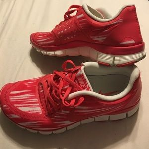 Red Nike free 5.0