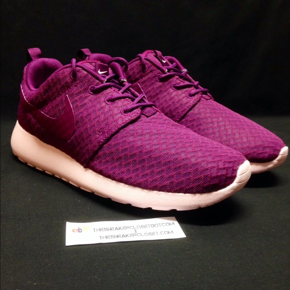 603a6bf21176 DS NIKE ROSHE ONE MULBERRY WOMENS Sz 7.5