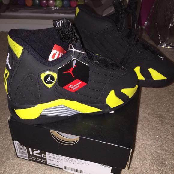 Jordan Shoes | Jordan Retro 4 Kids Size