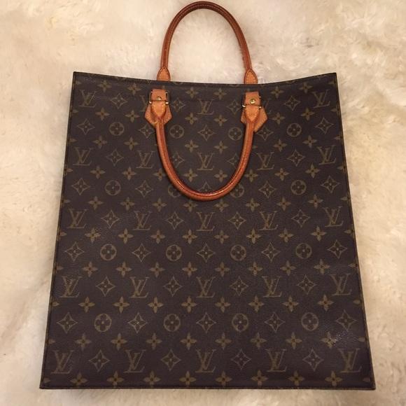 Louis Vuitton Bags   Sac Plat Lv Monogram Bag   Poshmark 469ff502cbe
