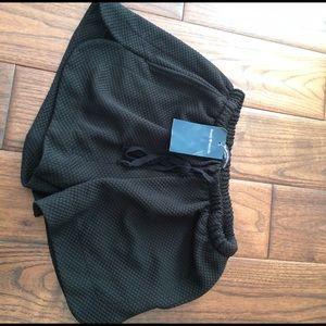 Brandy Melville eve shorts