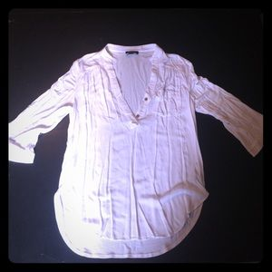 A. BYER Tops - Beautiful White 3/4 Sleeve 1/2 Button-Up Tunic