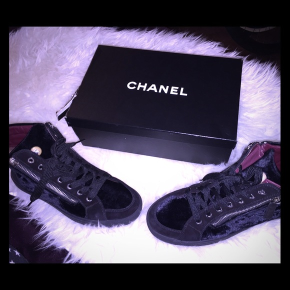 CHANEL Shoes - Sz.37 Chanel Velvet & Suede Calfskin Sneakers