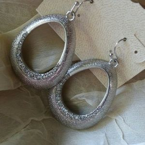 Jewelry - FLASH SALE! Rhinestones Earrings #429