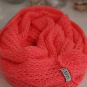 Cotton On Accessories - Hot Pink chunky scarf