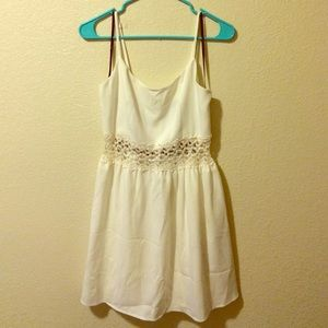 Forever21 White Dress w lace cutout middle size L