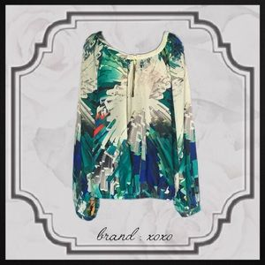 XOXO Tops - Patterned Long Sleeve Blouse!