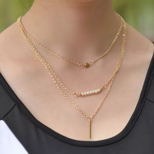 Nwt triple layer gold necklace