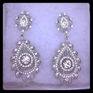 Jewelry - Gorgeous special occasion Chandelier earrings