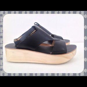 a411344e107 Koolaburra Santa Barbara Mae Shoes Sandal