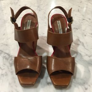 Charles David heeled sandals 6