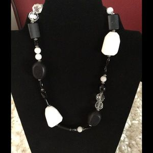 Black and White NecklaceNWOT