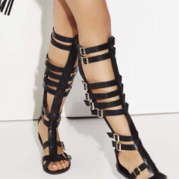 1614f49f0be JustFab Shoes - Black Knee High Gladiator Sandals