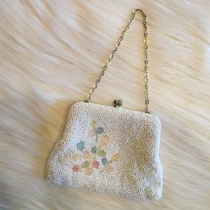 ✨VINTAGE SMALL BEADED w/FLOWERS COIN PURSE✨