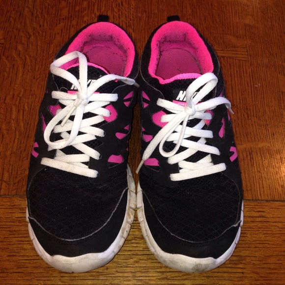 83 off nike shoes black and pink nike free run from