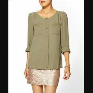 Moss green blouse by Tinley Road