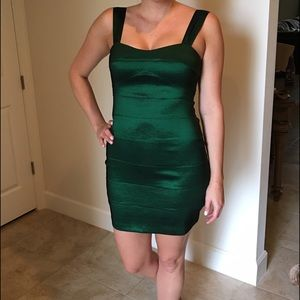 City Streets Dresses & Skirts - 🆑 Bandage dress in emerald green