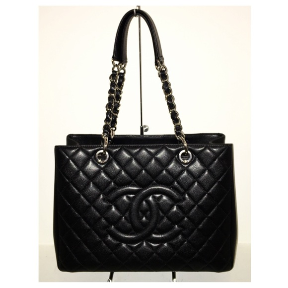 38a77acd4408 CHANEL Handbags -   2