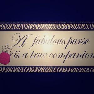 I love purses. :)
