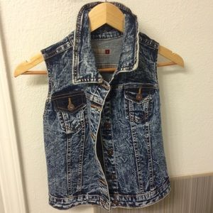 Tops - Dark wash denim vest