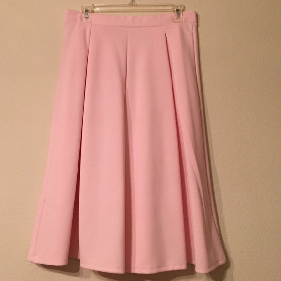 Dorothy Perkins Skirts - Light Pink Midi Skirt Size 8