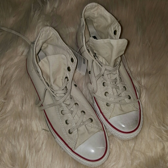 d34a85cbeb2d Vintage Dirty Off White High Top Converse