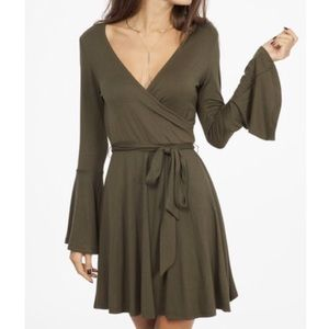 Dresses & Skirts - STUNNING Solid Olive Faux Wrap Dress