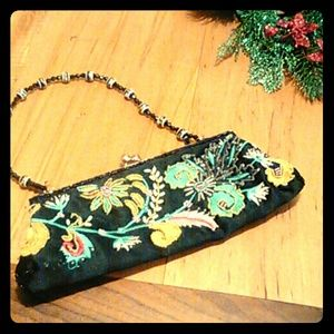 CHATEAU embroidered black clutch purse