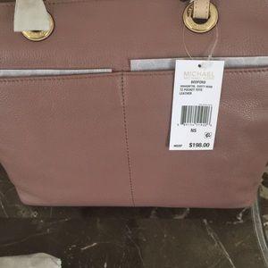 6e6735ca061c Michael Kors Bags - Michael kor dusty rose Bedford tote