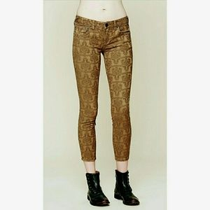 NWT FREE PEOPLE brown patterned cropped Jeggings