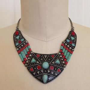 Jewelry - Sale! Save $5 - Unique turquoise collar necklace