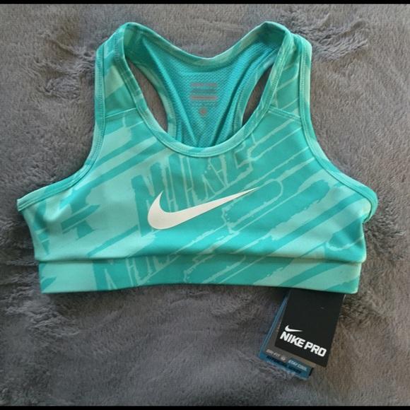 f3821e7f97 RARE Girls Nike  Hypercool GFX  Dri-FIT Sports Bra