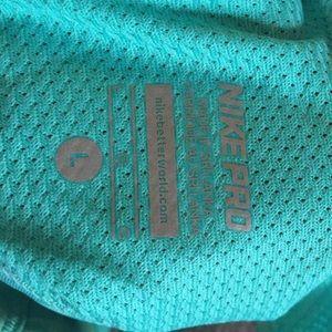 98f15eed12cbe Nike Intimates   Sleepwear - RARE Girls Nike  Hypercool GFX  Dri-FIT Sports
