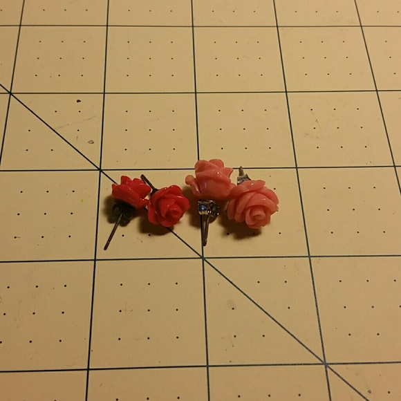 aa38ac2e26c2b Anthropologie Jewelry - Blkfriday!!! ANTHROPOLOGY rose studs