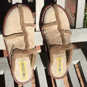 Nordika's Shoes - Authentic Nordika's suede slippers. New w sticker.