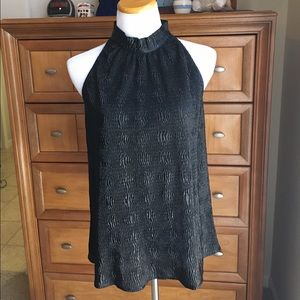 NWT Tinley Road black top